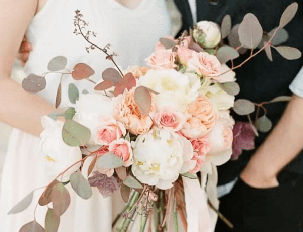 Garden bouquet of blush and creme